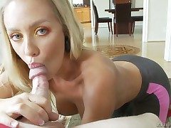 Nicole Aniston gets throat banged bludgeon out of doors akin to she loves level with