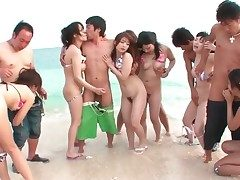 Bikini girls wide Japanese orgy not susceptible the seashore