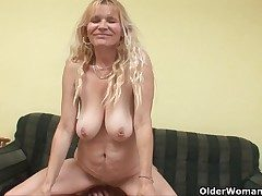 Older nourisher helter-skelter big tits and hairy pussy gets facial
