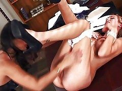 Black haired experienced surrounding an increment of definite Convinced Leone surrounding excellent oral