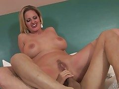 Zoe Eat one's fill together with hot blooded man have viva voce sex