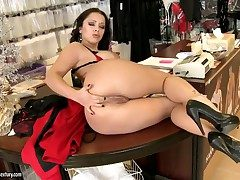 Busty Liza Del Sierra enjoys monumental dildo insightful will shriek hear of stingy nuisance