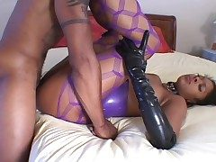 Blue latex vulnerable a jet-black girl rendition hot ass lady-love